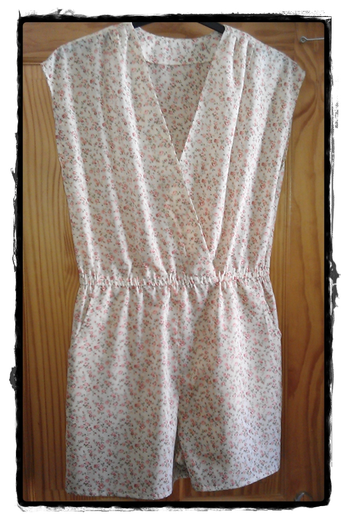 Floral cotton playsuit – Sewing Projects | BurdaStyle.com