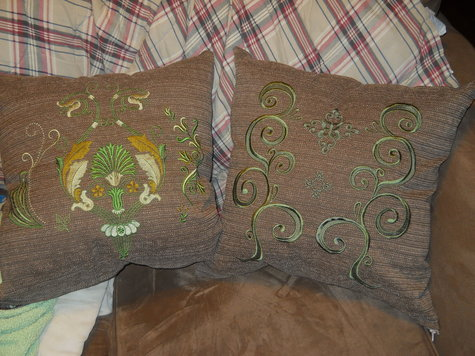 Both_embroidered_pillows_large