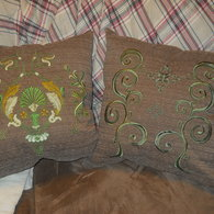Both_embroidered_pillows_listing