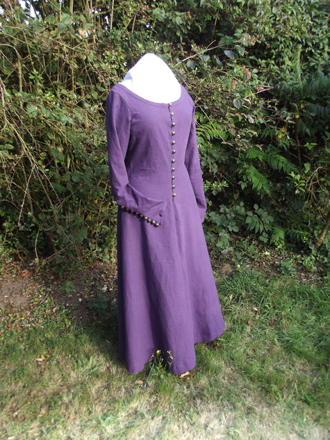 Purple Cote Hardie – Sewing Projects | BurdaStyle com