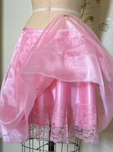 Pink_skt_drsfrm_large