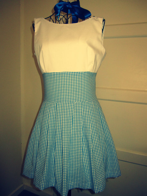 Dorothy Gale Wizard of Oz inspired Halloween Costume u2013 Sewing Projects | BurdaStyle.com & Dorothy Gale Wizard of Oz inspired Halloween Costume u2013 Sewing ...