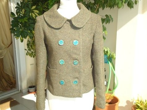Anise_front_buttoned_large
