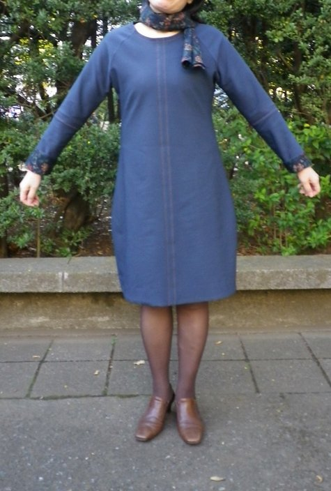 Bluetwilldress_front2_large