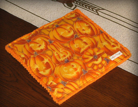 Zen-kitchenkandy-pumpkinheadtrivet-2_large