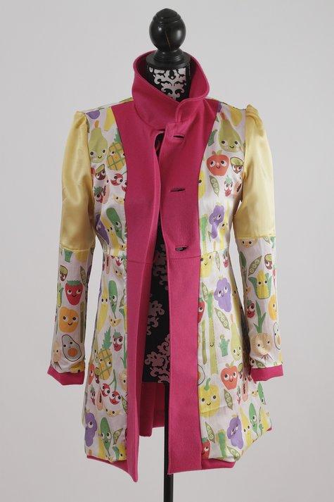 Pink_coat_142_large