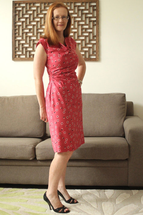 Nov_burda_dress_side_pleats_large