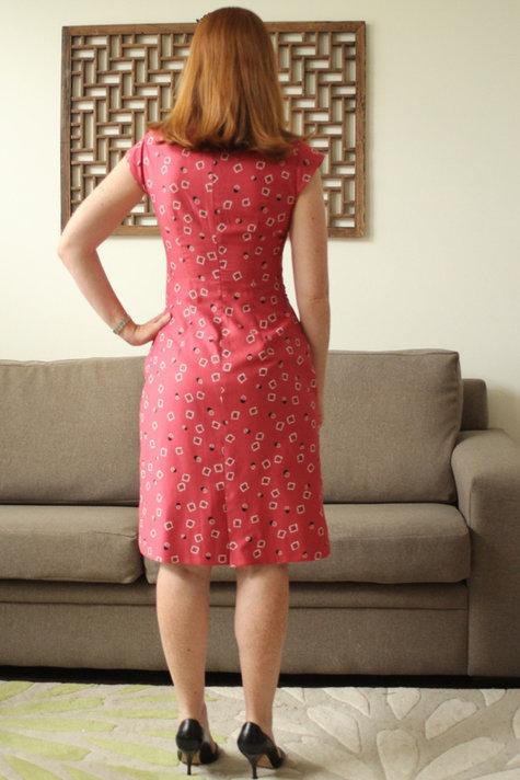 Nov_burda_dress_back_large