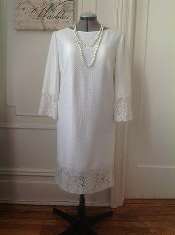 2_white_dress_large
