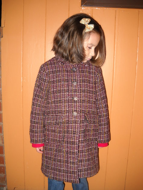 Guinevere_s_coat_010_large