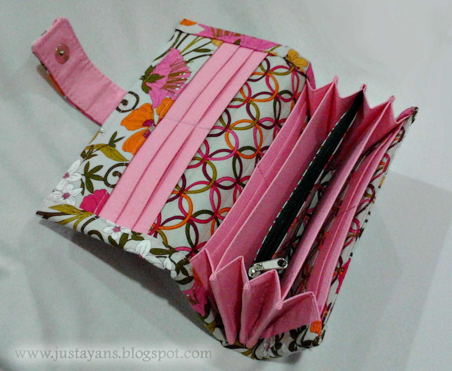 Sew sensible wallet and checkbook cover free sewing tutorial +.