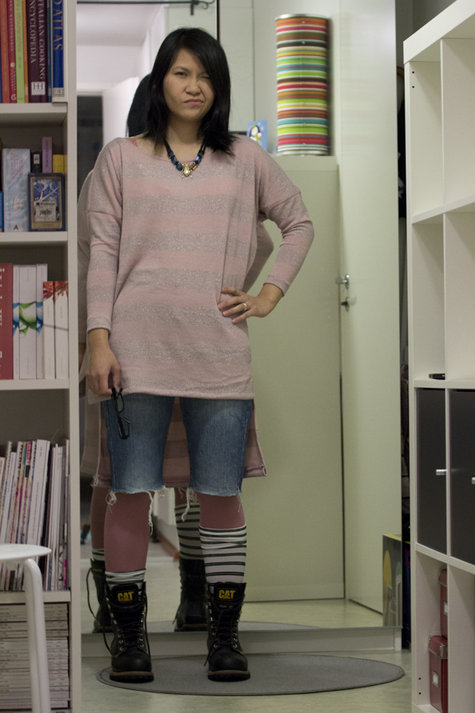 Grungesweater1_large