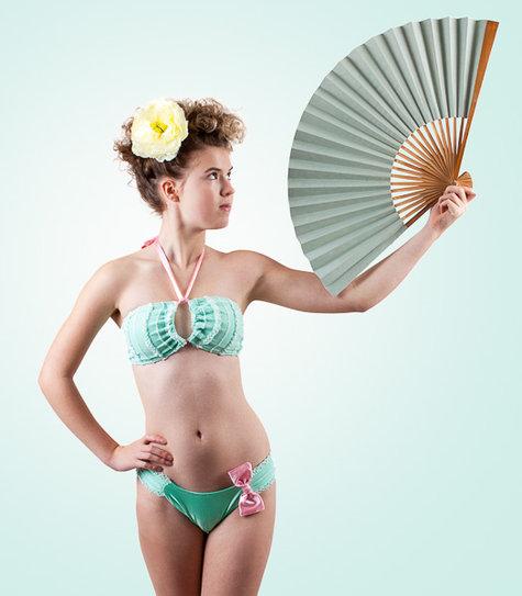 C_bikini-2_large