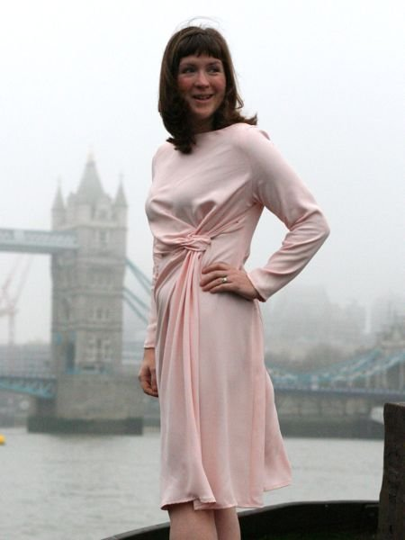 Pale_pink_dress_-_side_view_left_turning_large