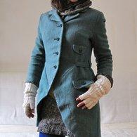 Amadeus_coat_01_listing