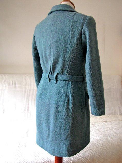 Amadeus_coat_16_large