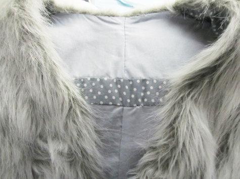 Furry_gilet_2_large