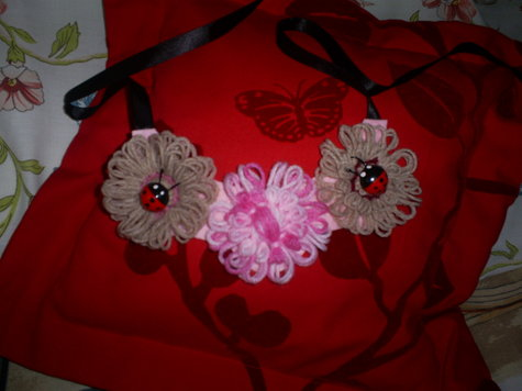 Bib_necklace_1_large