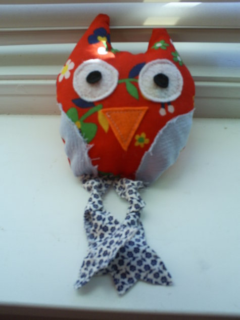 Red_owl_large