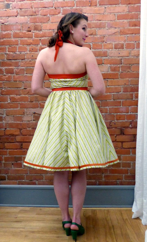 5a_dress_back_large
