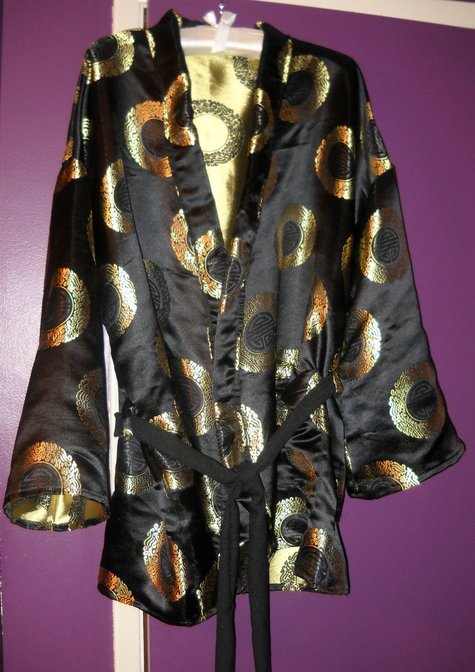 Robe_front_large