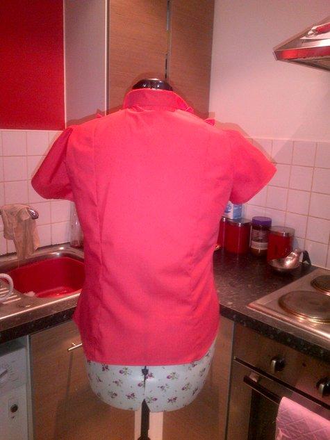 Red_shirt_2_large