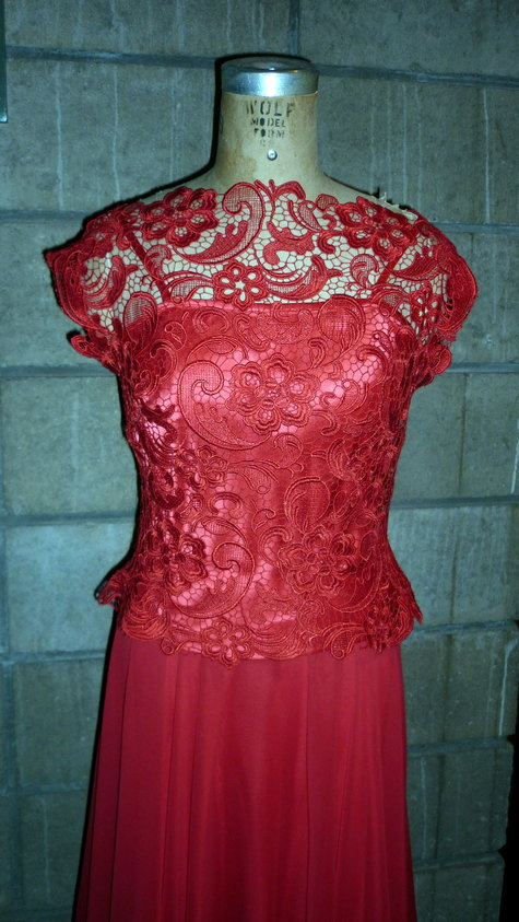 Red_lace_lorena_004_large