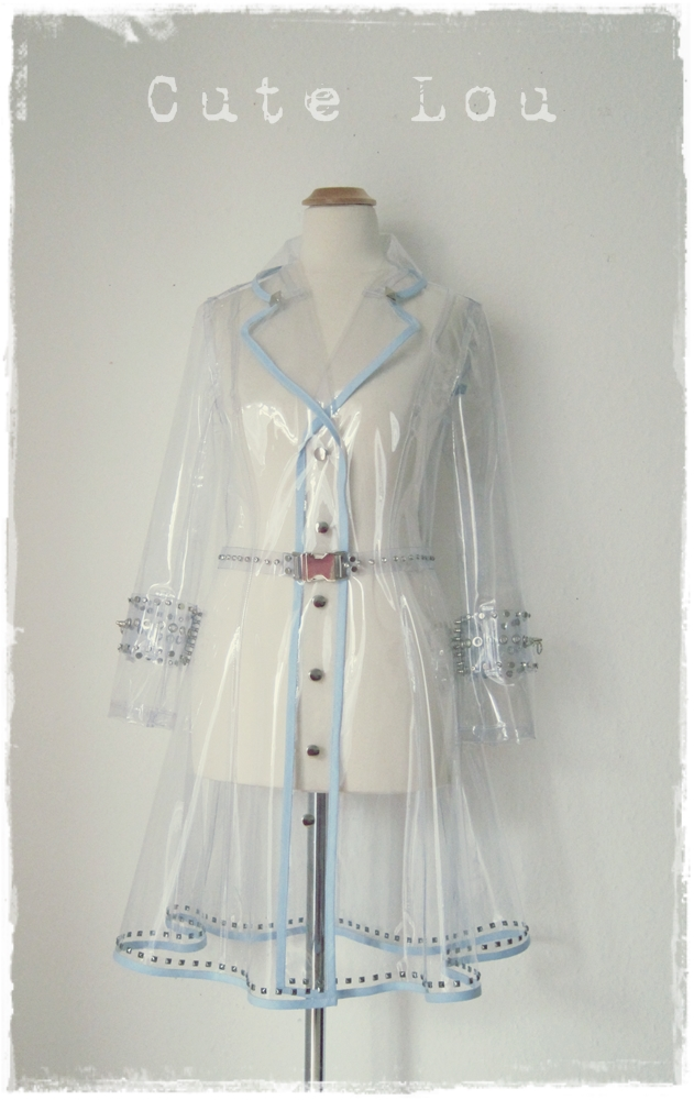 Transparent Raincoat Based On A Trenchcoat Sewing