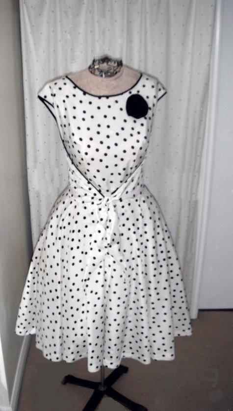 Polka-dot_dress_full_large