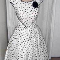 Polka-dot_dress_full_listing