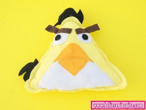 Diy_angry_birds_pillow_large