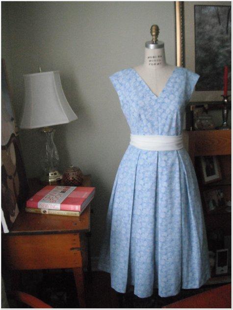 Blue_dress_007_large