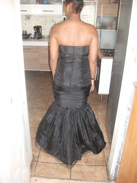 Montinque_s_banquet_dress_004_large