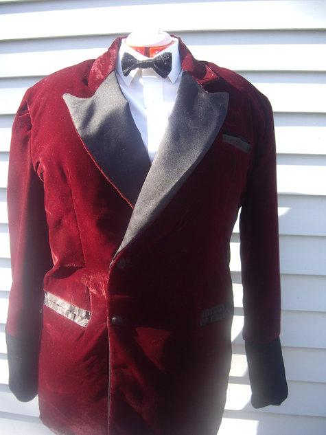 Suit_080_large