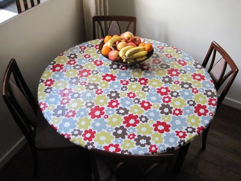 Fitted PVC Vinyl Tablecloth Round Table Sewing Projects
