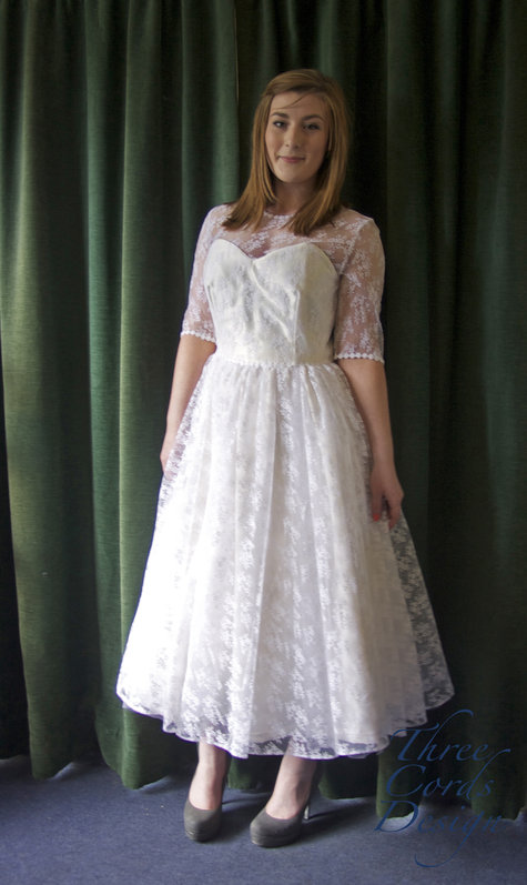 Wedding_dress_1_large