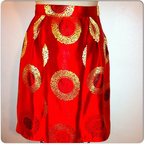 Red_brocade_skirt_large