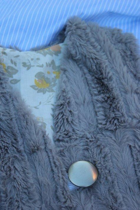 Vest2_large