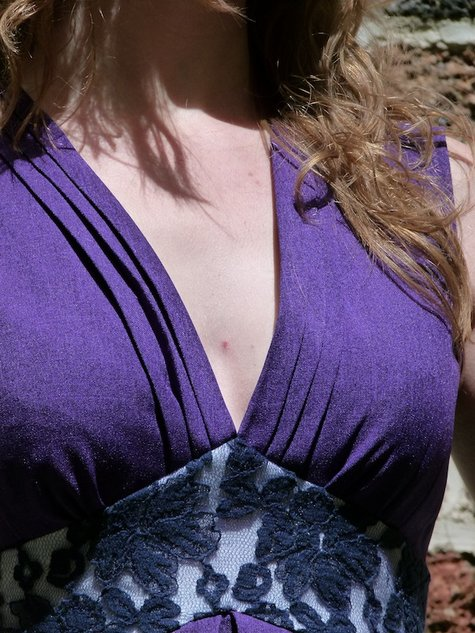 Robe_violette_chez_louise_de_collete__large