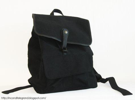 Oldschoolbackbag_front_large
