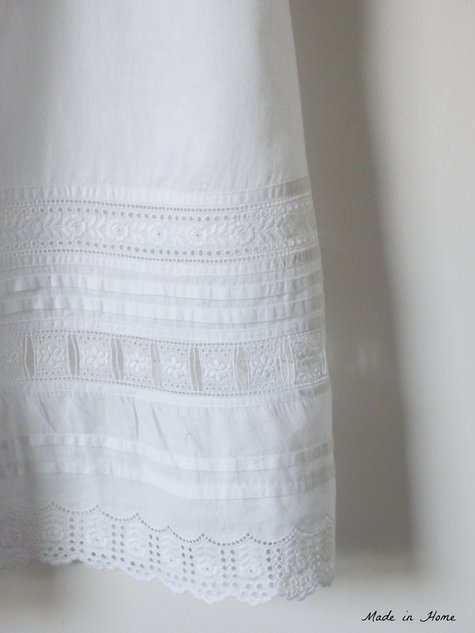 Broderie_anglaise_edited_3_large