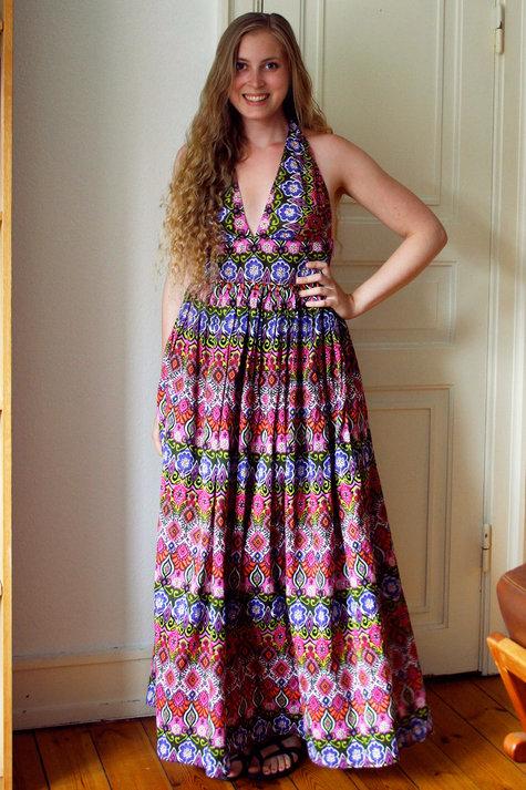 13__elsine_halterneck_kjole1_large