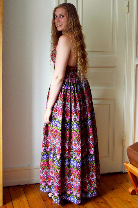 13__elsine_halterneck_kjole2_large