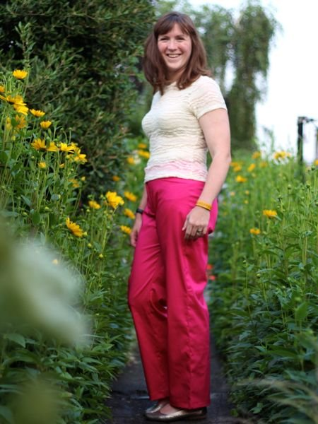 Pink_trousers_-_side_large