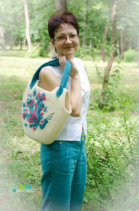 Felt_bag_peacock1_large