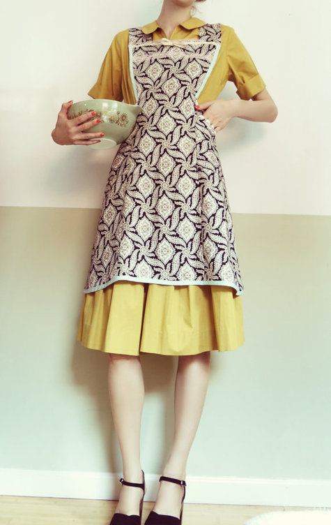 1940s Pinafore Apron Sewing Projects Burdastyle Com