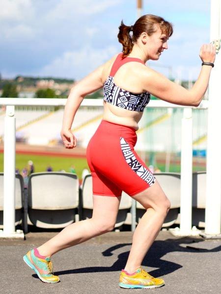 Jalie_bra_shorts_-_olympian_pose_large