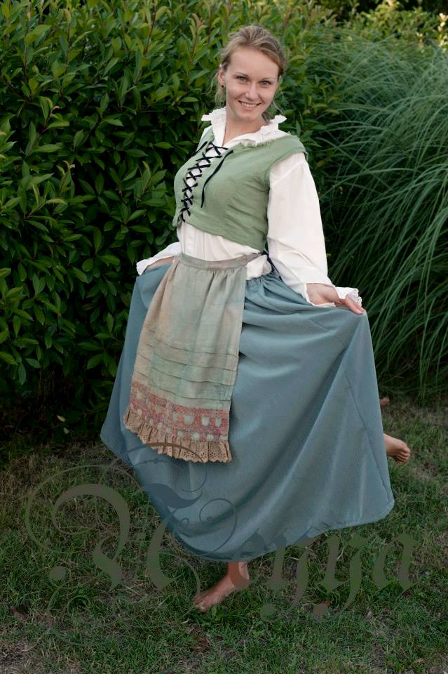 18th century peasant dress – Sewing Projects | BurdaStyle.com