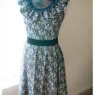Levenia-victorian-style-dress-black-white-002_listing