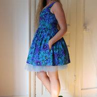 Henriette_elsine_blue_floral3_listing